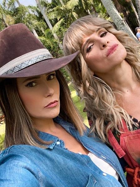 Deborah Secco e Ingrid Guimarães posam juntas em crossover de novelas - Reprodução/Instagram
