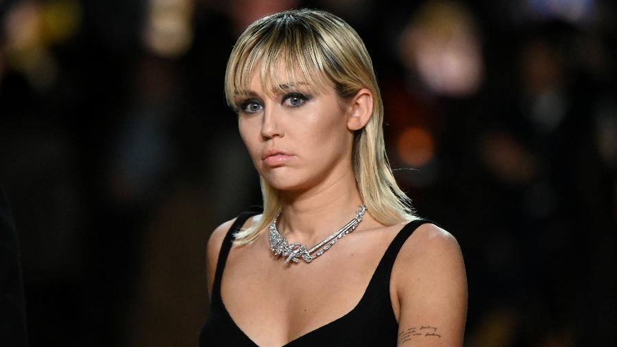 Miley Cyrus durante a New York Fashion Week, em fevereiro - Idris Solomon/Reuters