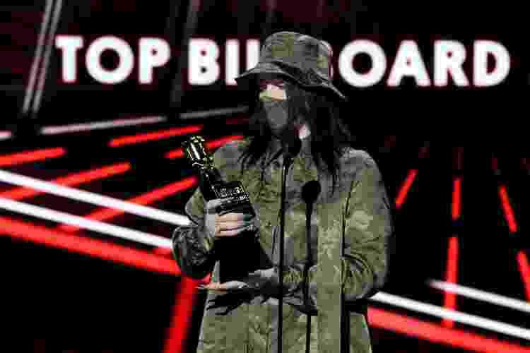 14.10.2020 - Billie EIlish recebe o prêmio de melhor álbum no Billboard Music Awards - Kevin Winter/BBMA2020/Getty Images for DCP - Kevin Winter/BBMA2020/Getty Images for DCP