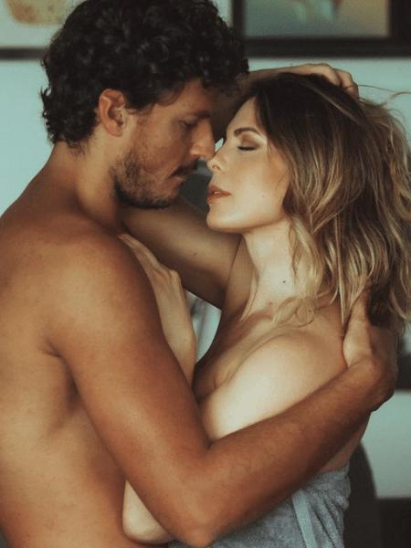 Sheila Mello e Feijão: um ano de namoro e o pessoal dizendo que não é sério - Reprodução/ Instagram