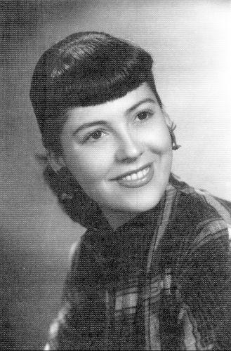"""A atriz Vida Alves, que em 1952 protagonizou o primeiro beijo na boca da TV brasileira: um selinho dado no ator Walter Forster, no último capítulo da novela """"Sua Vida me Pertence"""" (1951), na TV Tupi. A novela era exibida apenas duas vezes por semana e teve só 25 capítulos"""