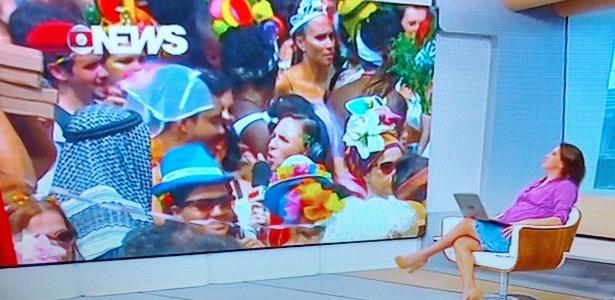 No Carnaval de rua do Rio, repórter é surpreendida por declaração de folião contra a Globo