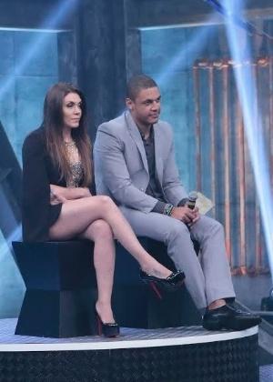 "Simony com Patrick na final do ""Power Couple Brasil"", na terça-feira (21) - Rafael Cusato/Brazil News"