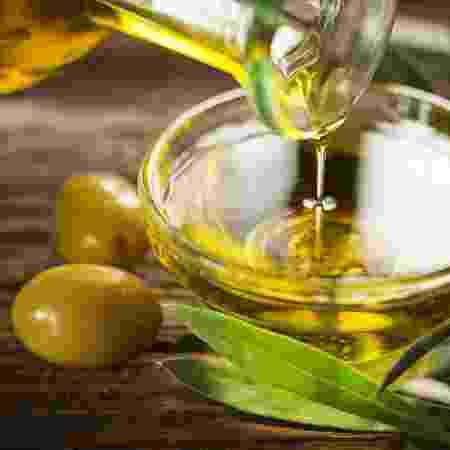 Alimentos como azeite são ricos em gordura insaturada e protegem o coração - Getty Images