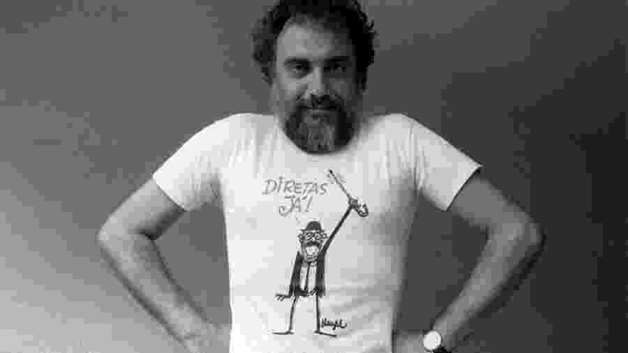 O cartunista Henfil usa a camiseta do personagem de Teotônio Vilela, criado por ela para a campanha das Diretas Já - Avani Stein/Folhapress