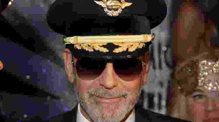 George Clooney vestido de piloto para Halloween - Gabe Ginsberg/Getty Images - Gabe Ginsberg/Getty Images