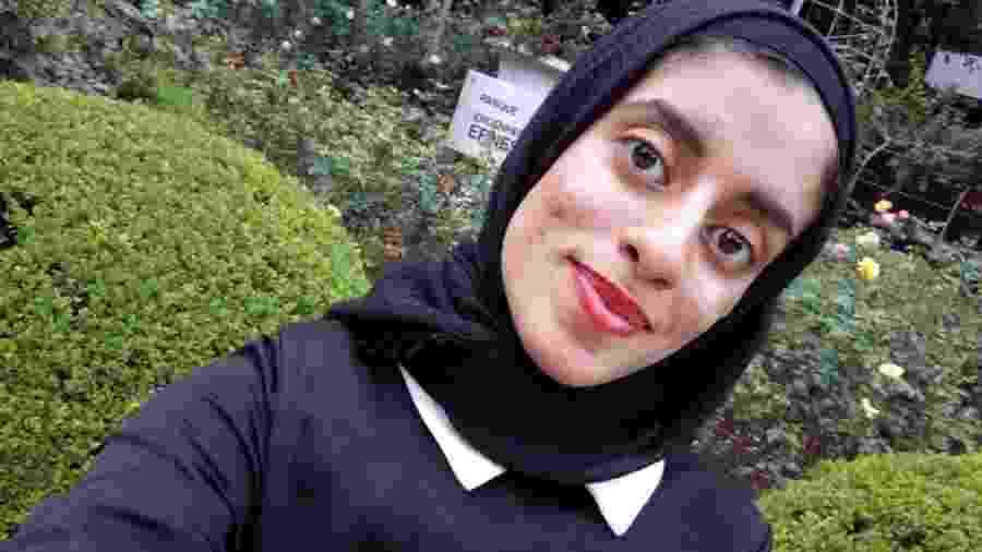 Evelyn Martins, 19, converteu-se ao Islamismo aos 16 anos, quando entrou em contato com a religião em um trabalho de escola - Arquivo Pessoal