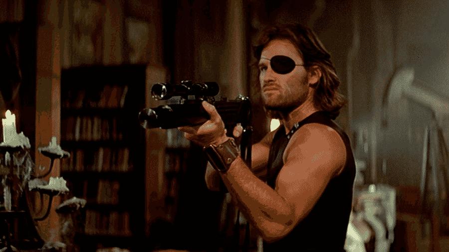 """Kurt Russell em cena de """"Fuga de Nova York"""" (1981) - Reprodução"""