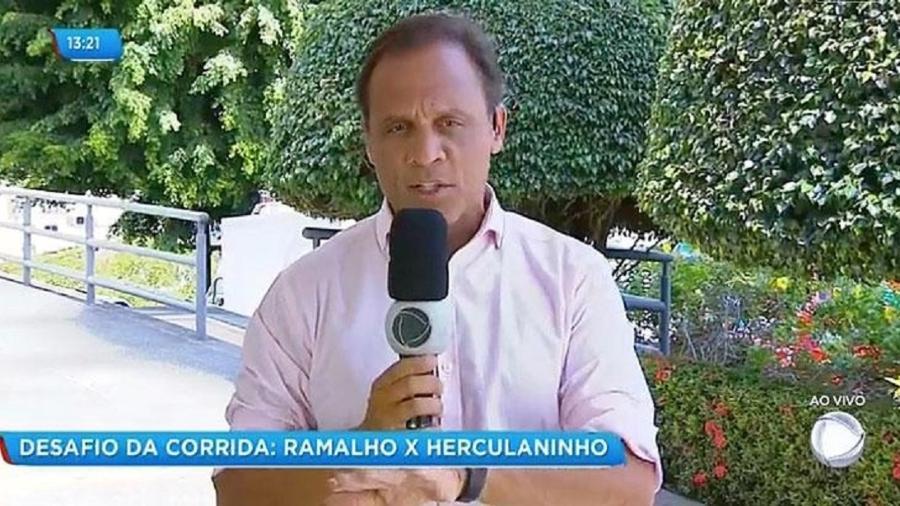 """Bocão, apresentador da Record na Bahia, comanda o """"Balanço Geral BA"""" da varanda após incêndio no estúdio - Reprodução/Record Itapoan"""
