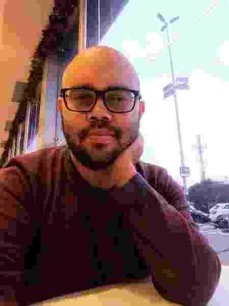 Cleyton Ramos, assistente de recursos humanos, é deficiente auditivo - Arquivo Pessoal