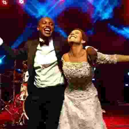 Thiaguinho e Fernanda Souza felizes em seu casamento - Reprodução/ Instagram
