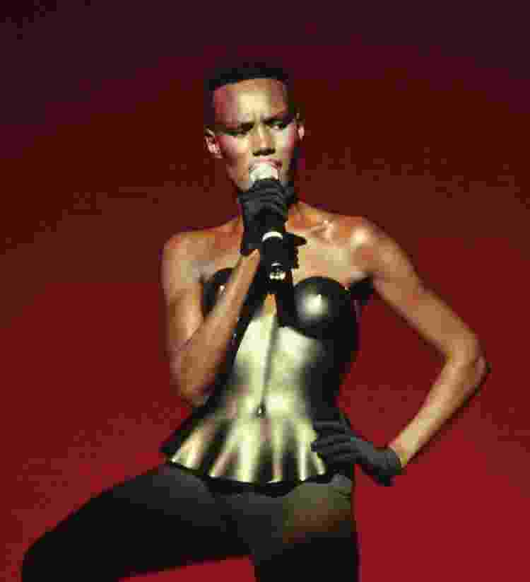 Grace Jones | Issey Miyake - Reprodução - Reprodução