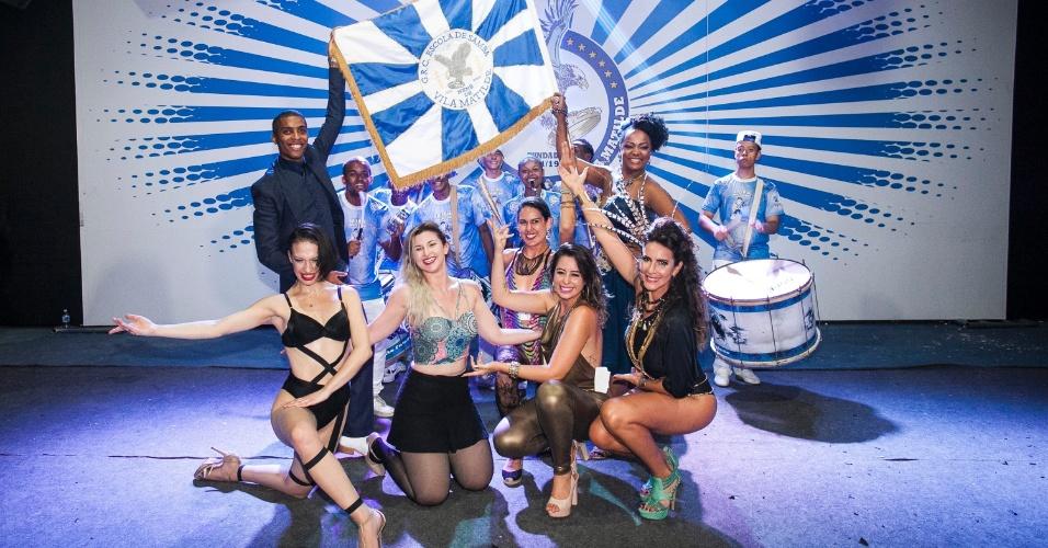 25.jan.2016 - A Nenê de Vila Matilde promoveu um concurso para escolher sósias de Claudia Raia que desfilarão com a atriz na avenida. A escola de samba da zona leste de São Paulo vai homenagear a atriz e bailarina em seu enredo no Carnaval de 2016.