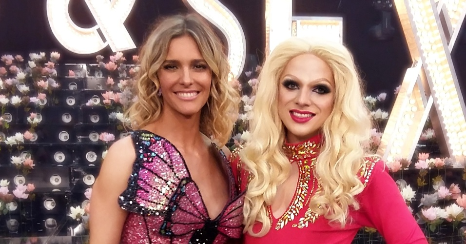 "Lorelay Fox ao lado de Fernanda Lima; a drag queen participou da última temporada do ""Amor & Sexo"""