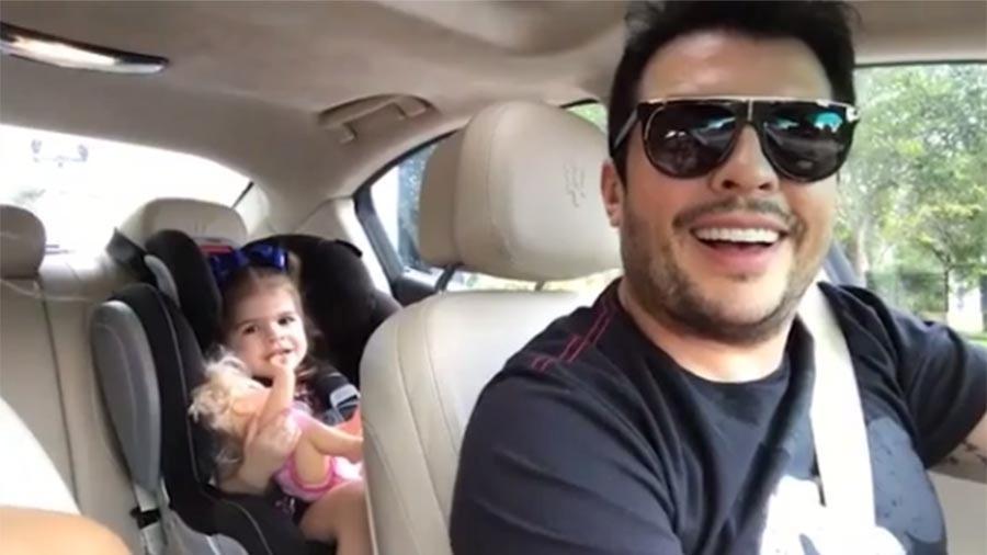 Valentina Muniz se diverte no carro com o pai Ceará - Reprodução/Instagram