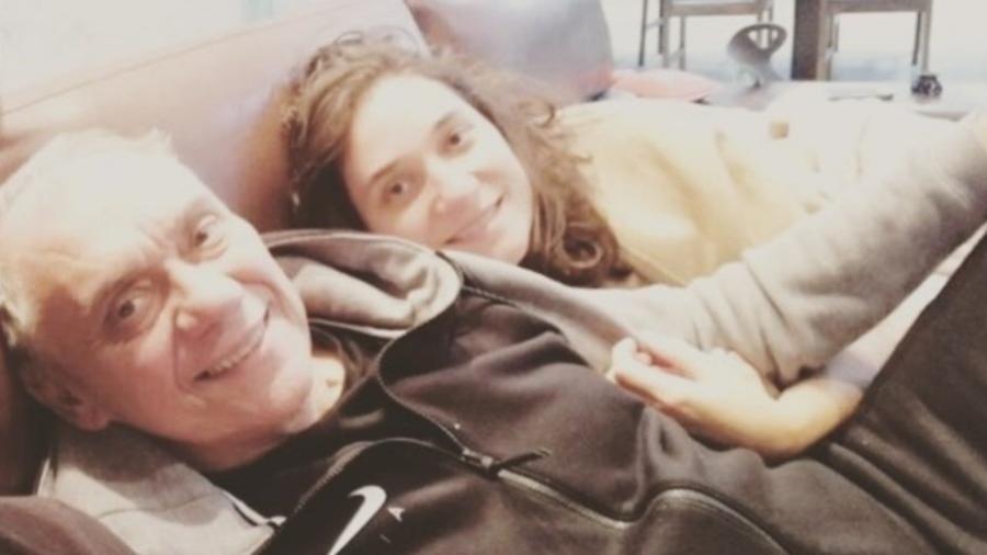 Marcelo Rezende com Marcella, uma de suas filhas - Reprodução/Instagram/marcelladeoliveirs