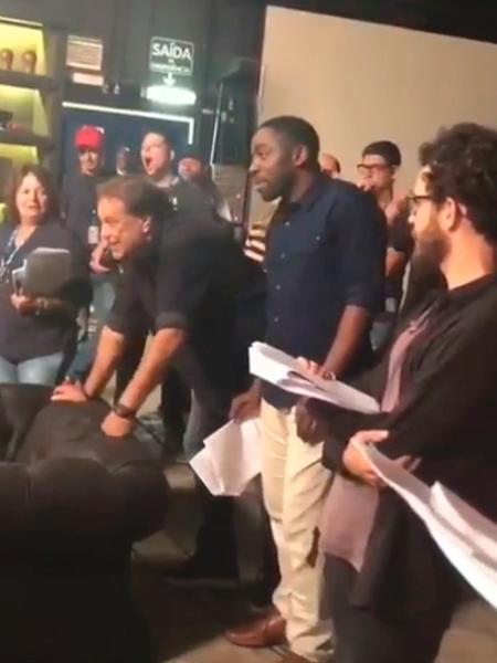 """Lázaro Ramos """"dirige"""" cena de Adriana Esteves em """"Segundo Sol"""" - Reprodução/Instagram"""