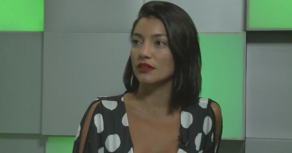 Gabi Prado participa de entrevista nas redes sociais da RecordTV