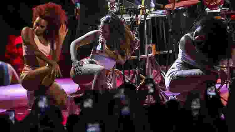Da área VIP, Ronan Carvalho viu Anitta levantar o público com os seus sucessos e arrasar nas coreografias - Bruna Prado/UOL - Bruna Prado/UOL