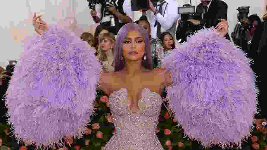 Kylie Jenner comparece ao Met Gala 2019 - Taylor Hill/FilmMagic