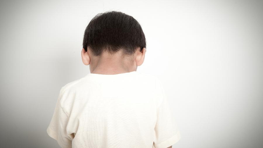 Bater pode causar efeitos nefastos nas crianças - iStock