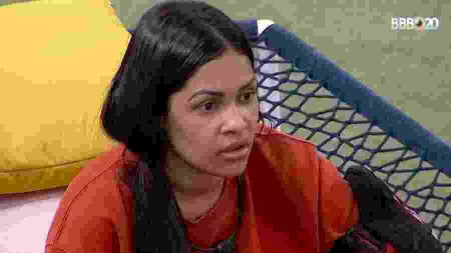 Flayslane fala com Mari sobre bronca no confessionário - Reprodução/GlobosatPlay