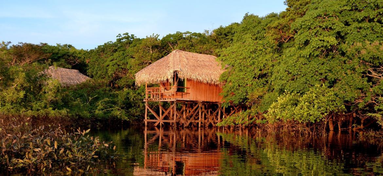 Bangalô com vista para o rio do Juma Amazon Lodge - Divulgação