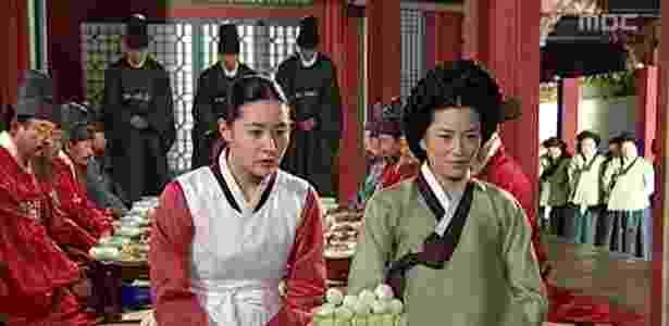 """Cena da novela """"Dae Jang Geum"""" (""""A Joia do Palácio"""", em tradução livre), de 2003 - Reprodução"""