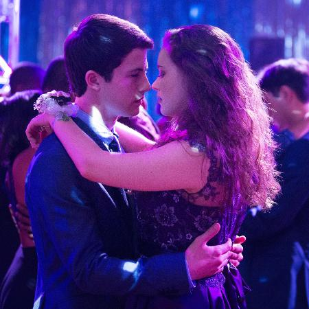 "Clay (Dylan Minette) e Hannah (Katherine Langford) em cena de ""13 Reasons Why"", da Netflix - Divulgação/Netflix"