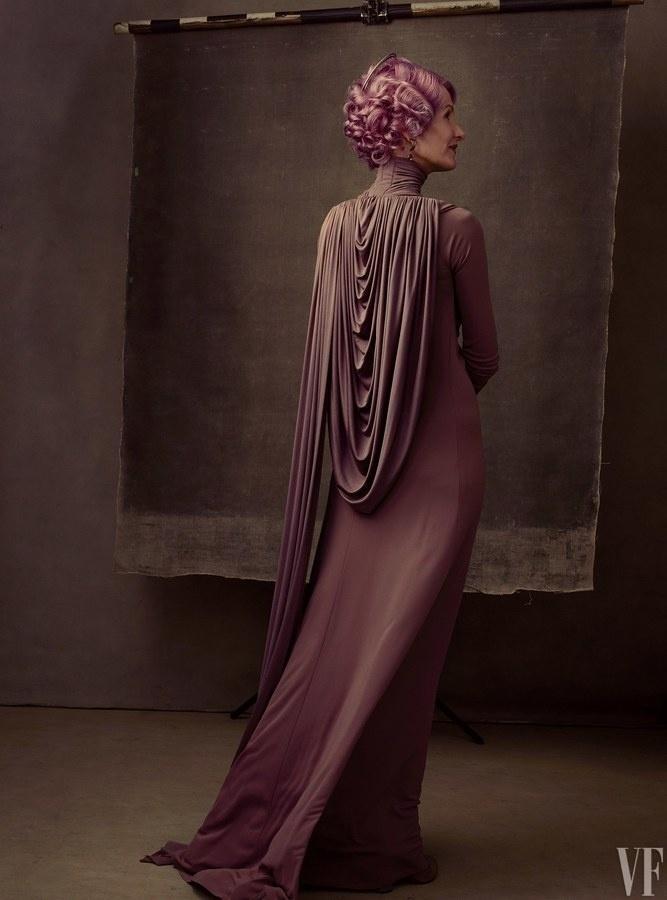 """Laura Dern, nova personagem em """"Star Wars"""", para a lente de  Annie Leibovitz para a revista """"Vanity Fair"""""""