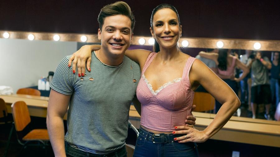 """Wesley Safadão e Ivete Sangalo nos bastidores de gravação do clipe de """"À Vontade"""" - Divulgação"""