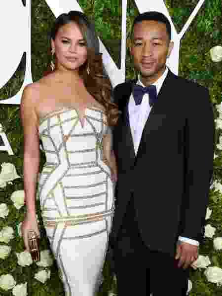 Chrissy Teigen e John Legend estão esperando o terceiro filho - Getty Images