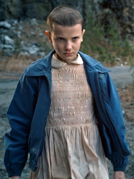 """A atriz Millie Bobby Brown como Eleven em cena de """"Stranger Things"""" - Divulgação"""