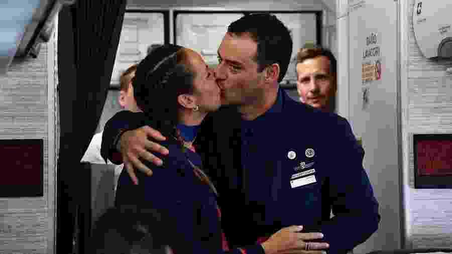 Paula Podest e Carlos Ciuffardi se casam em voo do Papa Francisco - EFE
