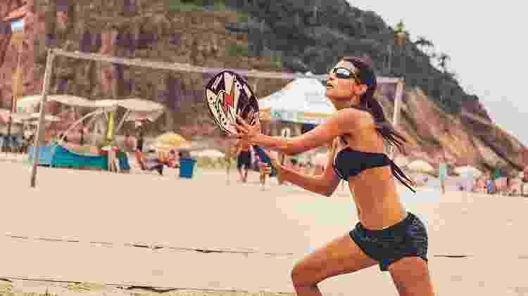 beach tennis, tênis, praia, esporte, areia - iStock - iStock