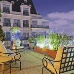 Lounge do apartamento de Luciana Gimenez; apartamento também tem área com churrasqueira e - Divulgação/Sotheby's