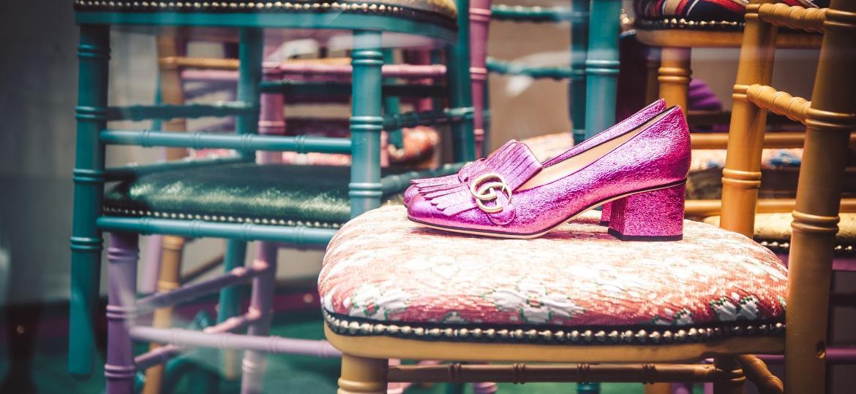 Loja é a primeira a oferecer o Gucci DIY, ferramenta que permite personalizar produtos com diferentes cores e tecidos - iStock