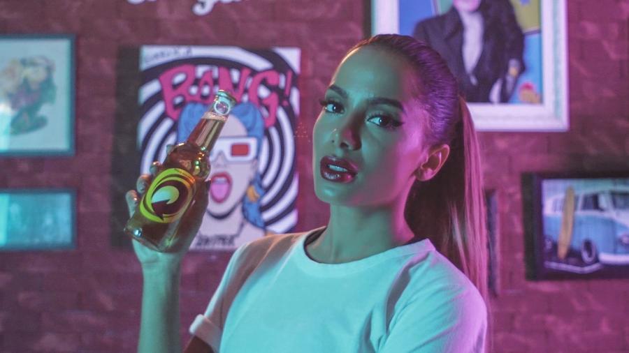 Anitta é a nova embaixadora da cerveja Skol - Divulgação