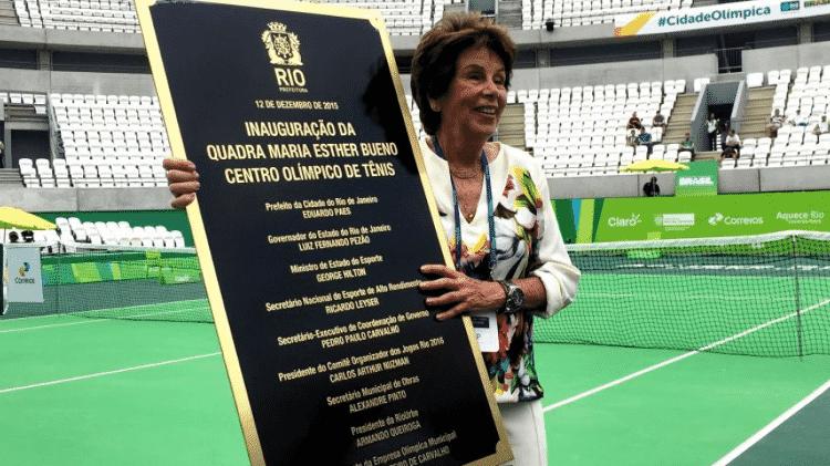 Maria Esther Bueno recebendo homenagem na Rio 2016 - Divulgação - Divulgação