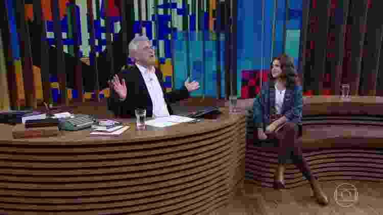 Pedro Bial agradece ao SBT e a Silvio Santos pela liberação de Maisa para ir à Globo - Reprodução/TV Globo - Reprodução/TV Globo