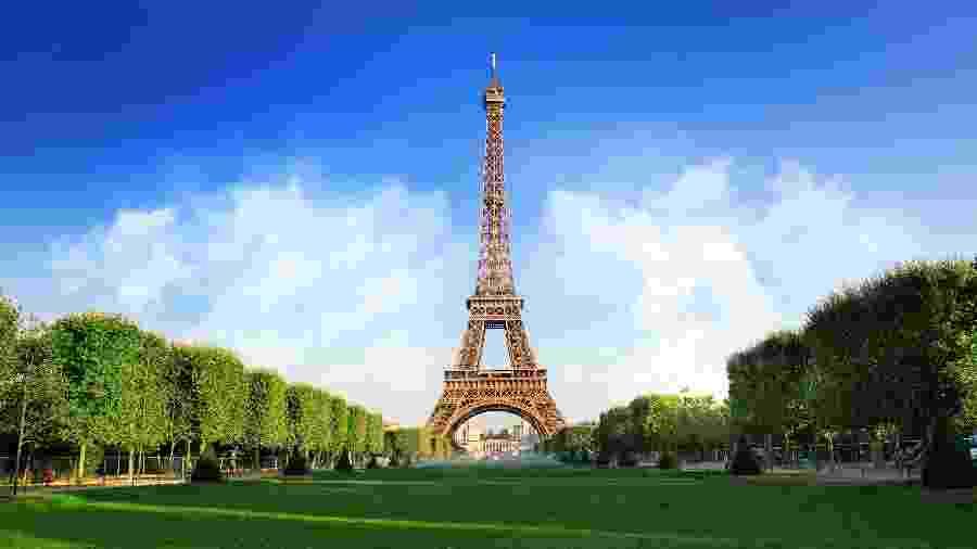 Torre Eiffel, em Paris, na França - iStock