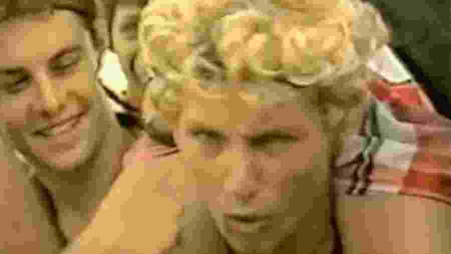Jovem dá entrevista durante o primeiro Rock in Rio, em 1985 - Reprodução