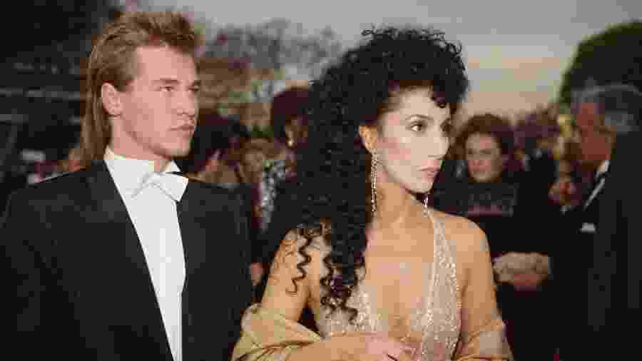 Cher e Val Kilmer foram juntos ao Oscar em 1984 - Getty Images