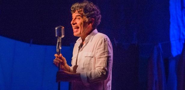 """Paulo Betti comemora seus 40 anos de carreira com o stand-up """"Autobiografia Autorizada"""", em cartaz no Teatro Paiol - Divulgação"""