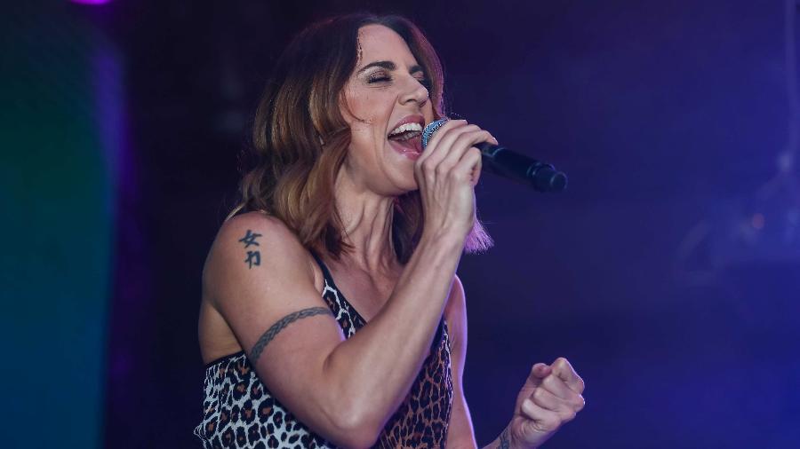 Mel C. canta sucessos de carreira solo e das Spice Girls em pocket-show em São Paulo  - AgNews