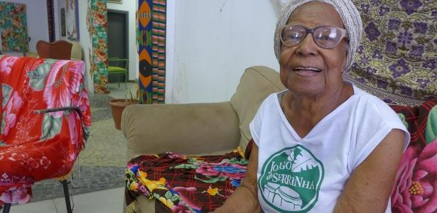 Tia Maria do Jongo, filha e neta de escravos que luta para manter viva a tradição musical das senzalas