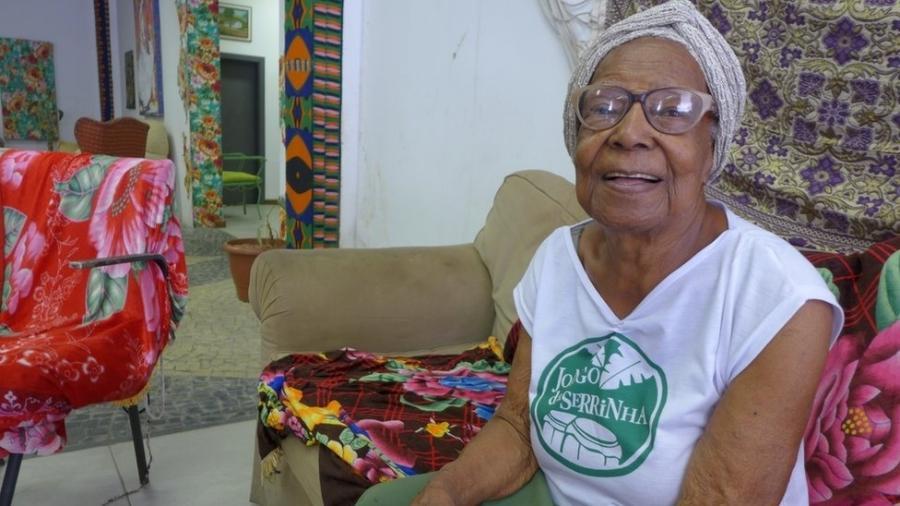 Tia Maria do Jongo, filha e neta de escravos que luta para manter viva a tradição musical das senzalas - BBC