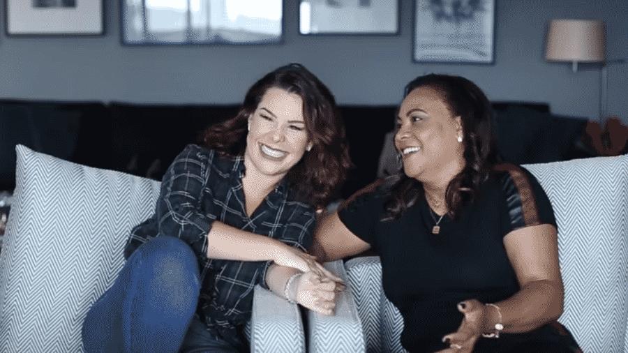 Fernanda Souza e a sogra, Glória Maria Barbosa - Reprodução/YouTube