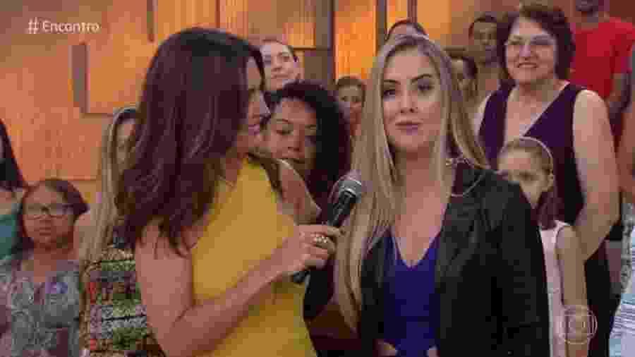 """Ex-BBB Patrícia Leitte na plateia do """"Encontro"""" - Reprodução/Globo"""
