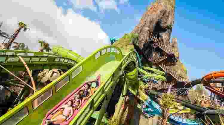 Universal Krakatau Aqua Coaster - Divulgação